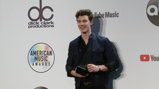 Shawn Mendes at the 2018 American Music Awards at Microsoft Theater on October 09 2018 in Los Angeles California