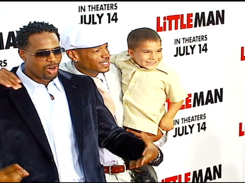 shawn wayans marlon wayans and linden porco at the 'little man' premiere at the mann national theatre in westwood california on july 6 2006 - mann national theater stock videos & royalty-free footage