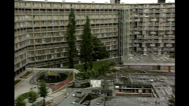 sheffield: park hill estate: ext general views of park hill housing estate - sheffield stock videos & royalty-free footage