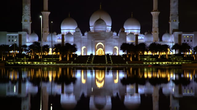 sheikh zayed bin sultan al nahyan mosque, abu dhabi, united arab emirates, uae - grand mosque stock videos and b-roll footage