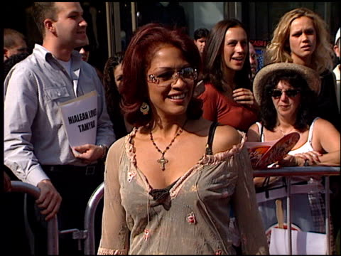 sheila e at the american idol finale at the kodak theatre in hollywood, california on september 4, 2002. - リアリティー番組点の映像素材/bロール