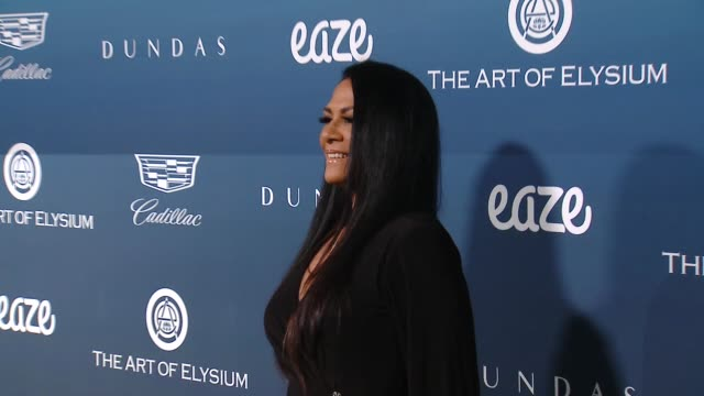 vídeos de stock, filmes e b-roll de sheila e at the art of elysium presents michael muller's heaven on january 05 2019 in los angeles california - sheila e