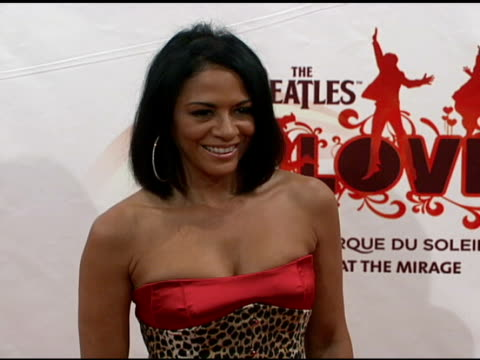 vídeos de stock, filmes e b-roll de sheila e at the 'love' cirque du soleil celebratation of the musical legacy of the beatles at the mirage hotel and casino in las vegas nevada on june... - sheila e