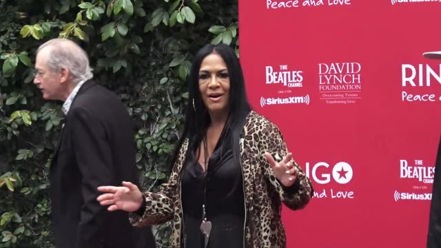 vídeos de stock, filmes e b-roll de sheila e at the ringo starr 11th annual peace love birthday celebration at the capitol records building in hollywood at celebrity sightings in los... - sheila e