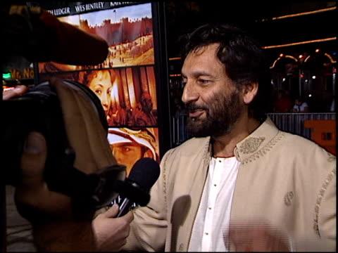 shekhar kapur at the premiere of 'the four feathers' on september 17, 2002. - ウエストウッドヴィレッジ点の映像素材/bロール