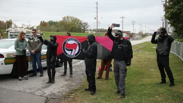 antifa members film white nationalist groups gathered for a white lives matter rally in downtown shelbyville tennessee the rally and the counter... - anti fascism stock videos & royalty-free footage