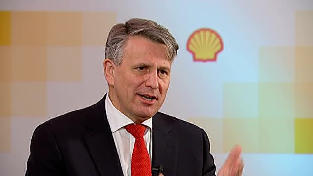 stockvideo's en b-roll-footage met shell oil to resume arctic drilling england london int ben van beurden interview sot - shell merknaam
