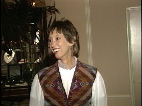 stockvideo's en b-roll-footage met shelley duvall at the amnesty international party at beverly hilton - beverly hilton hotel