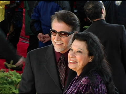 shelley morrison and husband walter dominguez at the 2005 people's choice awards arrivals at the pasadena civic auditorium in pasadena, california on... - shelley morrison stock videos & royalty-free footage