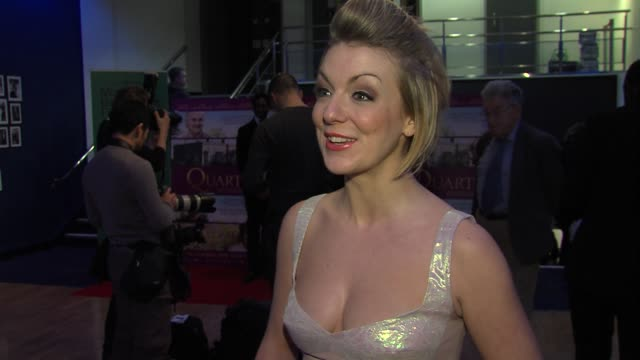 stockvideo's en b-roll-footage met sheridan smith on working with such a talented cast the atmosphere on set working with billy connolly at 'quartet' gala screening at odeon west end... - billy connolly