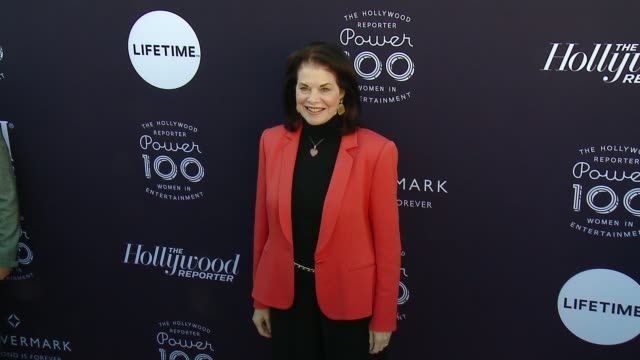 sherry lansing at the the hollywood reporter's 2017 women in entertainment breakfast at milk studios on december 6 2017 in hollywood california - lansing video stock e b–roll