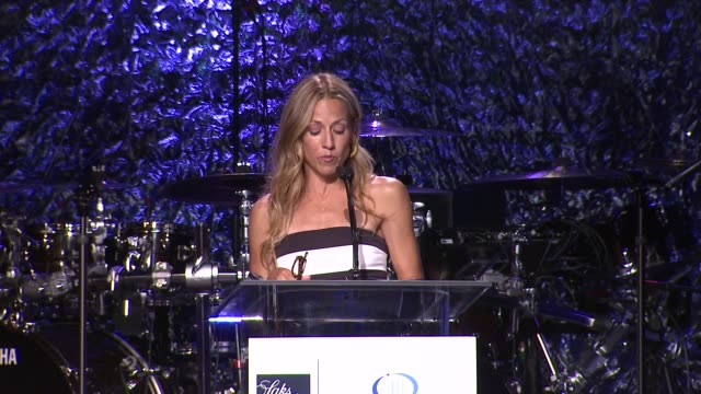 sheryl crow at an unforgettable evening benefiting the entertainment industry foundation's women's cancer research fund on 4/18/12 in los angeles ca - sheryl crow stock videos & royalty-free footage