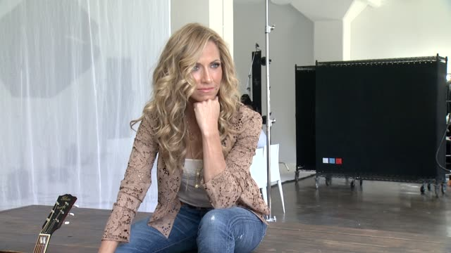 sheryl crow at sheryl crow releases new album feels like home on september 10 behind the scenes at splashlight studios on august 23 2013 in new york... - sheryl crow stock videos & royalty-free footage