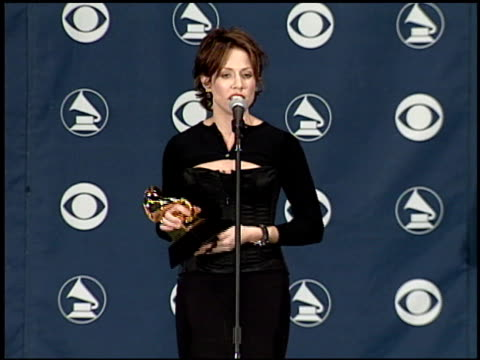 sheryl crow at the 1999 grammy awards backstage at the shrine auditorium in los angeles california on february 24 1999 - sheryl crow stock videos & royalty-free footage