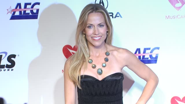 Sheryl Crow at the 2010 MusiCares Person of the Year Gala at Los Angeles CA