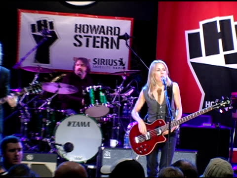 sheryl crow at the howard stern last day live event arrivals and inside at hard rock cafe in new york new york on december 16 2005 - sheryl crow stock videos & royalty-free footage