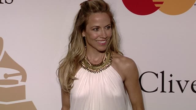 Sheryl Crow at the The Recording Academy Clive Davis Present The 2010 PreGrammy Gala at Beverly Hills CA