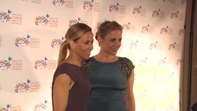 sheryl crow jessica capshaw at the healthy child healthy world gala at beverly hills ca - sheryl crow stock videos and b-roll footage