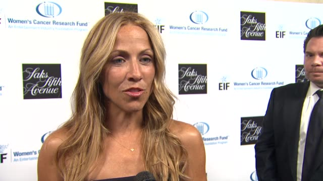 Sheryl Crow on how it feels to accept this honor from EIF's Women's Cancer Research Fund what message or advice she would offer women about screening...