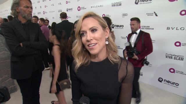 interview sheryl crow on supporting the cause at elton john aids foundation presents 24th annual academy awards viewing party on february 28 2016 in... - sheryl crow stock videos & royalty-free footage