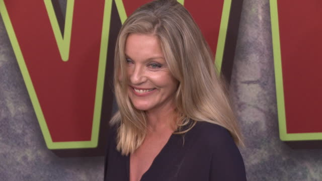 sheryl lee at the world premiere of the new showtime limitedevent series twin peaks at ace hotel on may 19 2017 in los angeles california - fernsehserie stock-videos und b-roll-filmmaterial