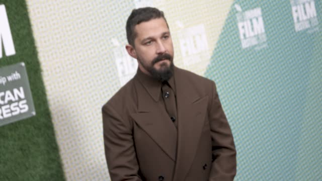 shia labeouf at 'the peanut butter falcon' -uk premiere - 63rd bfi london film festival at embankment gardens cinema on october 03, 2019 in london,... - shia labeouf stock videos & royalty-free footage