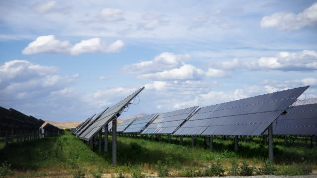Shifting Solar Panels - Time Lapse