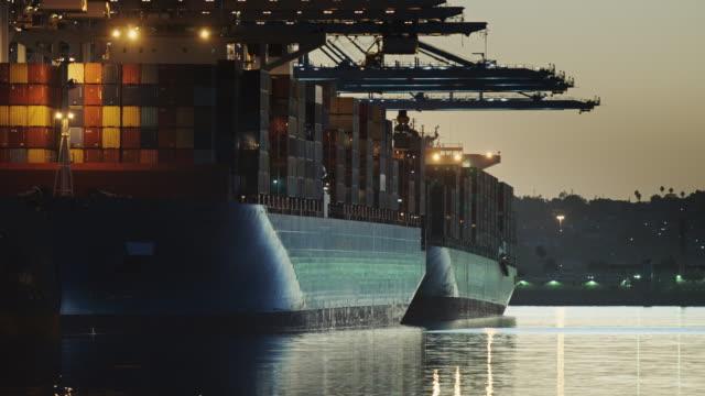 shimmering waters in the port of los angeles - palos verdes stock videos & royalty-free footage