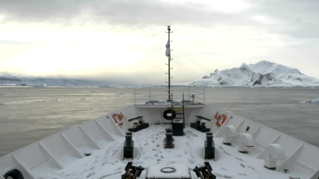 ship navigating antarctica - nautical vessel点の映像素材/bロール