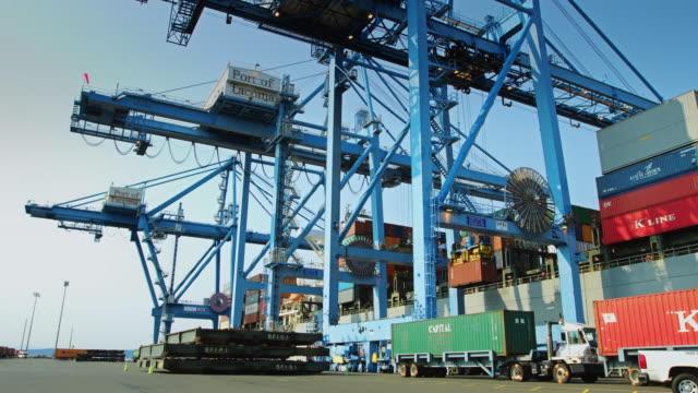 Ship to Shore Container Crane