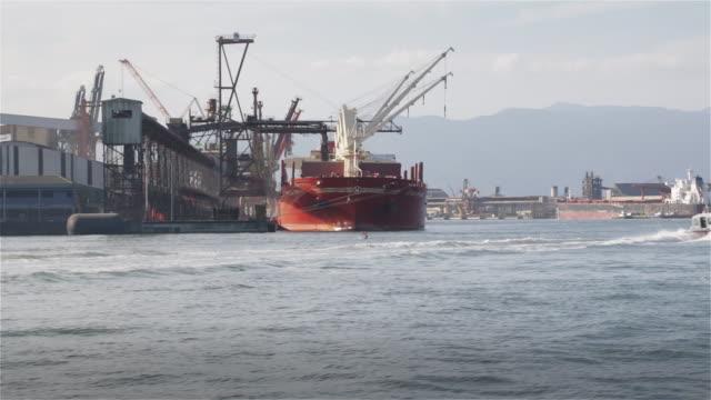 """vídeos de stock, filmes e b-roll de """"ms, ts ships docked at santos port / santos, brazil"""" - porto comercial"""