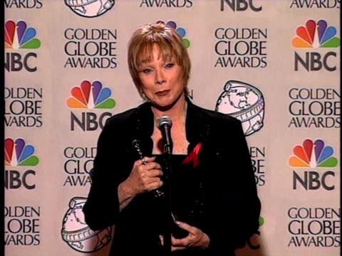 shirley maclaine talks about her cecil b demille award - cecil b. demille stock videos & royalty-free footage