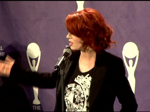 shirley manson on modern womens' oppotunities in rock n roll at the 21st annual rock and roll hall of fame induction ceremony press room at the... - modern rock stock videos & royalty-free footage