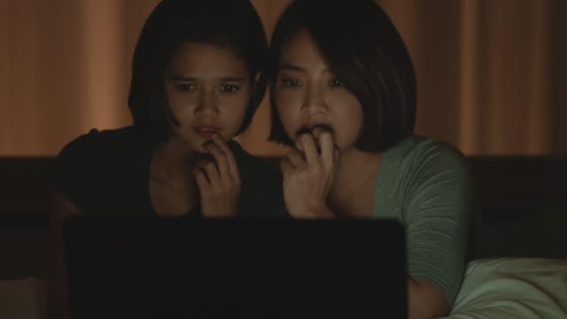 schockierender film - horror movie stock-videos und b-roll-filmmaterial