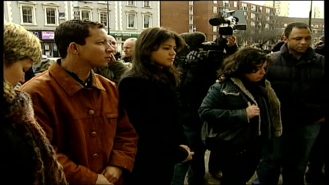 shooting of jean charles de menezes/ vigil at stockwell tube station england london stockwell station int family of jean charles de menezes along... - makeshift stock videos & royalty-free footage