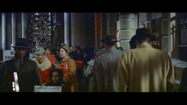 ms shooting to christmas shoppers on new york street  / new york, ner york,united states - 1958 stock videos and b-roll footage