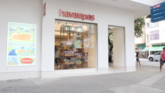 a shop of the company havaianas in the neighbourhood copacabana on november 27 2019 in rio de janeiro brazil - anthropomorph stock-videos und b-roll-filmmaterial