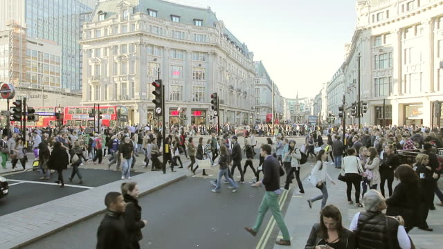 shoppers at oxford circus london - high street stock videos & royalty-free footage