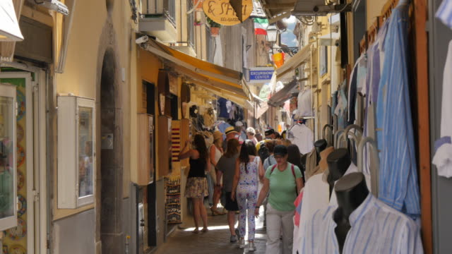 Shoppers on Via S. Cesareo and clock tower, Sorrento, Costiera Amalfitana (Amalfi Coast), UNESCO World Heritage Site, Campania, Italy, Europe