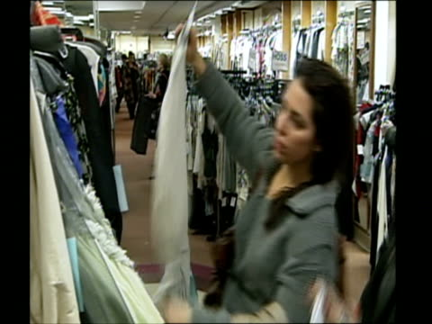 shoppers shopping in retail stores / united states - recession stock videos & royalty-free footage