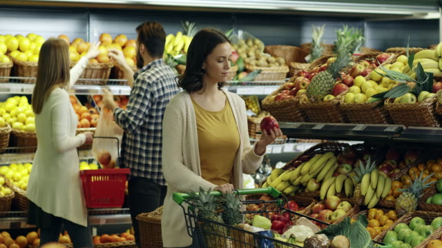shopping for groceries - apple fruit stock videos & royalty-free footage