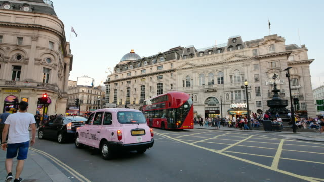 4k shopping on oxford street christmas, london - oxford circus stock videos and b-roll footage
