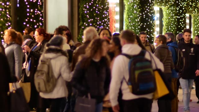 4k shopping on oxford street christmas, london - courtyard stock videos & royalty-free footage