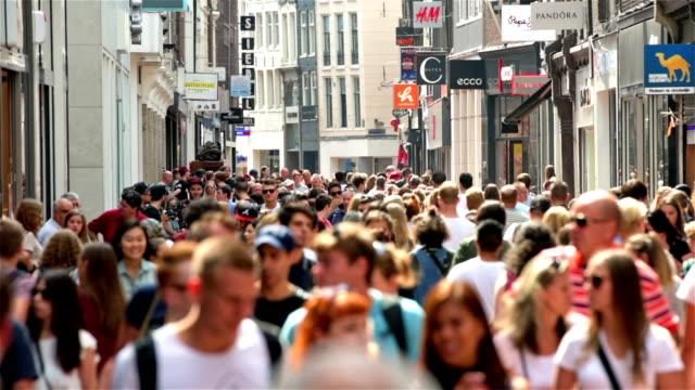 shopping street crowds in europe - city street stock videos & royalty-free footage