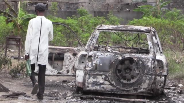shops and petrol stations reopen for business in the capital of democratic republic of congo after two days of deadly clashes between police and... - democratic republic of the congo stock videos & royalty-free footage