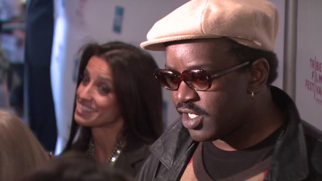 vidéos et rushes de shoshanna lonstein gruss and fab 5 freddy at the 8th annual tribeca film festival - 'burning down the house' premiere at new york ny. - shoshanna