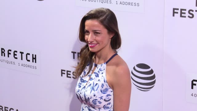 """vidéos et rushes de shoshanna lonstein gruss at """"the first monday in may"""" world premiere - 2016 tribeca film festival - opening night at john zuccotti theater at bmcc... - shoshanna"""