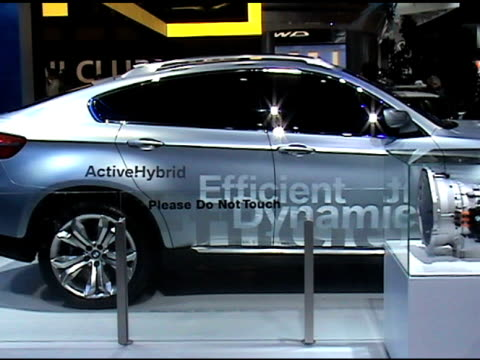 stockvideo's en b-roll-footage met ws front end of 2008 bmw concept 6 activehybrid concept car/ shot 2 ws passenger side profile / shot 3 cu of rear license plate zo to ws of rear end... - hybride voertuig