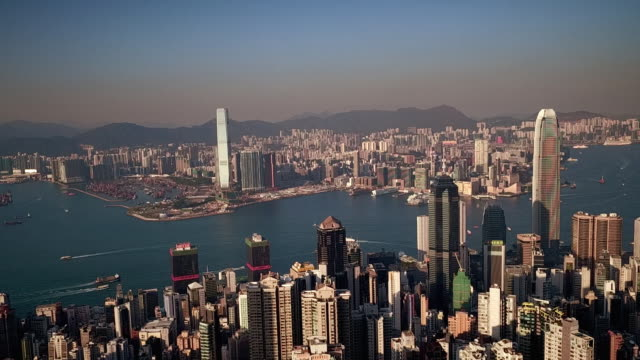 stockvideo's en b-roll-footage met shot looking across mid levels district from a viewpoint on victoria peak, hong kong - victoria peak