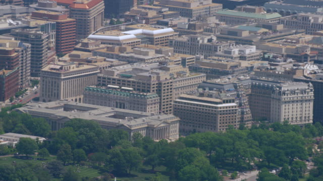 """ws aerial shot of 1500 pennsylvania ave / washington dc, united states"" - finanzministerium stock-videos und b-roll-filmmaterial"